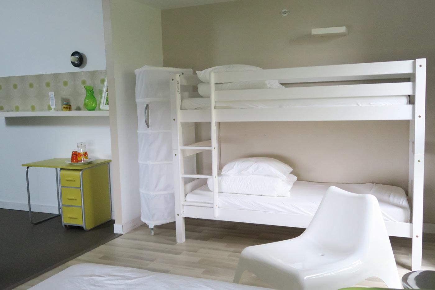 chambre-plexi-lits-superposes